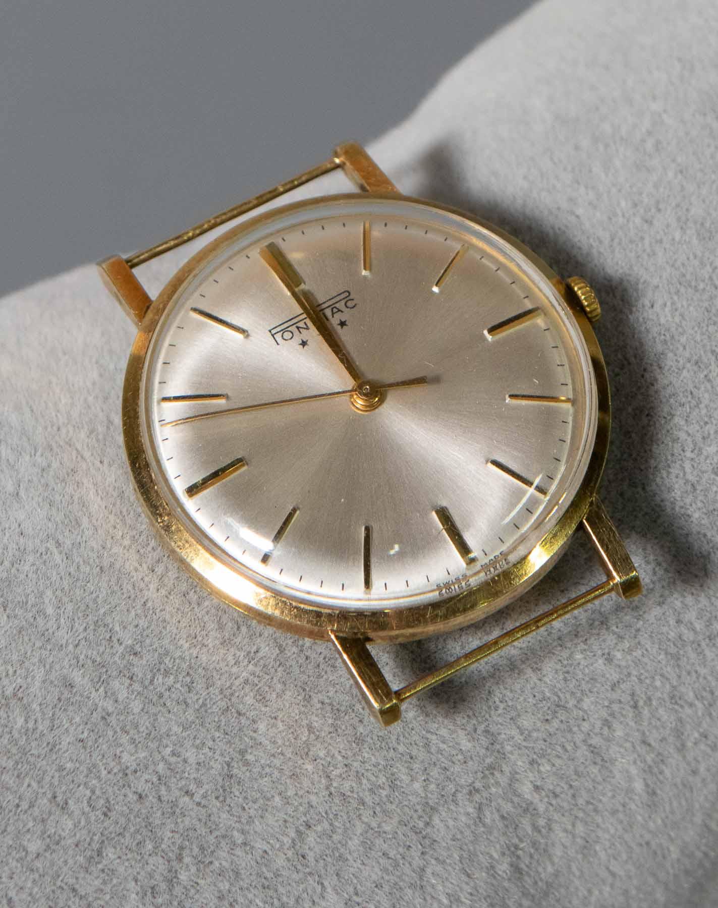 3d7f562c0c1 Lotnummer 2838. Een Pontiac horloge in gouden kast